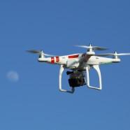 Drones que sobrevuelan el Palacio de la Zarzuela